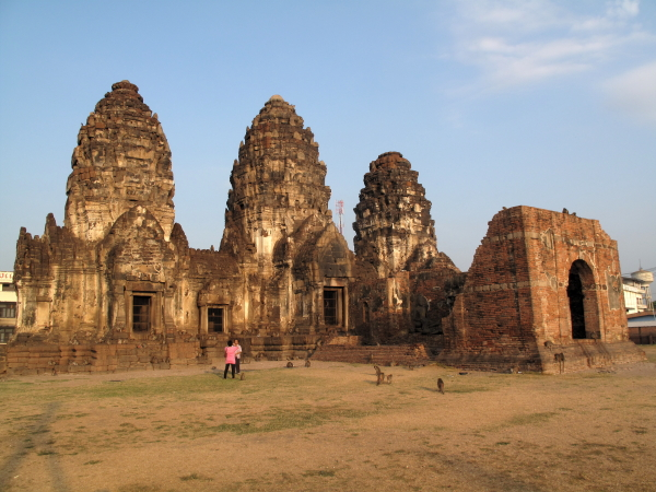 The 'moneky temple' in Lopburi