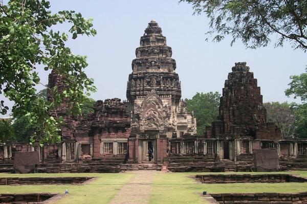 Prasat Hin Phimai - Thailand For Visitors