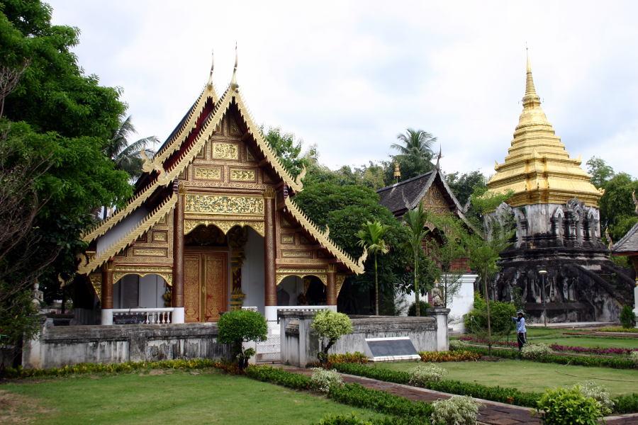 Wat Chiang Man - Thailand For Visitors