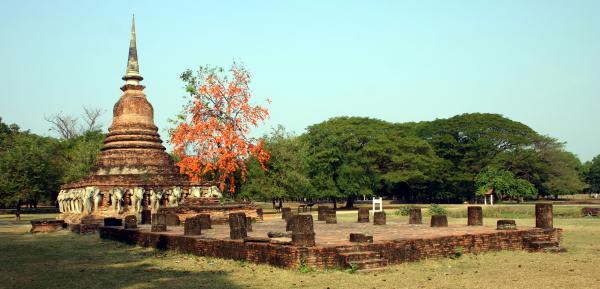 Wat Sorasak, Sukhothai - Thailand For Visitors